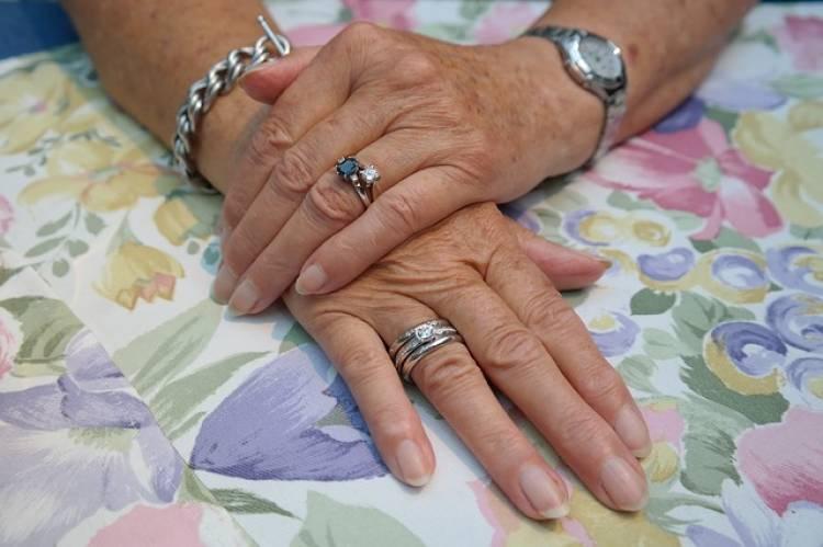Tırnaklar ve Parmaklardan Hastalık Tespiti-1